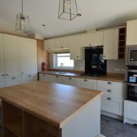 Well equipped kitchen in 2018 Willerby Pinehurst lodge